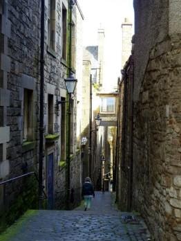 road-off-of-edinburgh